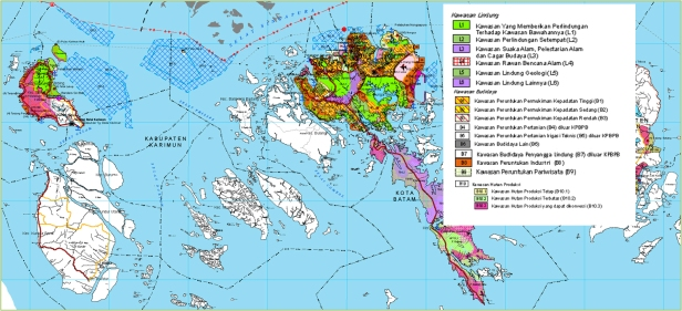 Peta Pola Ruang Kawasan Batam Bintan Karimun yang menjadi Lampiran Perpres 87 Tahun 2011. Hutan-hutan lindung dan konservasi masih diakomodasi.