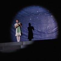 Adegan dalam operet Cinderella.