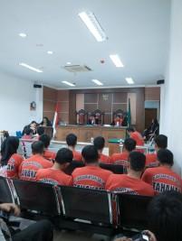 Persidangan di Pengadilan Negeri Batam.