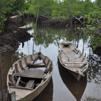 Dua perahu milik nelayan di Pulau Galang.