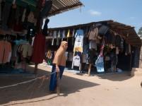 Seorang ibu pemilik kios baju bekas impor di Nongsa.