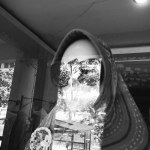 Manekin di toko busana muslim.