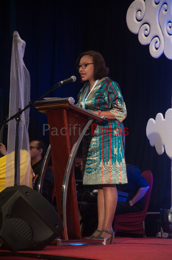 Executive Director of BaKTI Caroline Tupamahu delivers an opening speech at Eastern Indonesia Forum Festival. The festival was attended by many civil societies and NGOs from many areas in Eastern Indonesia and became an event to display and study achievement of many smart practices done by local communities based on their local wisdom in order to improve their welfare.