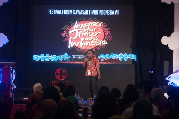 Agustina, a local activist from Raja Ampat in West Papua Province shares her experience at Eastern Indonesia Forum Festival. As lokal woman, she teaches  lokal children about marine conservation in a classroom modified boat called Kalabia in Raja Ampat Regency.