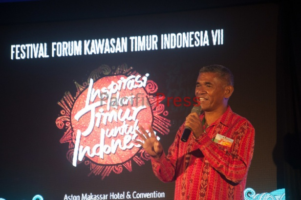 Kamilus of Adonara in East Nusa Tenggara Province speaks at Eastern Indonesia Forum Festival. He shared about economy system he promoted in his village.